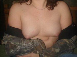 Aminthe escorts in Kingman